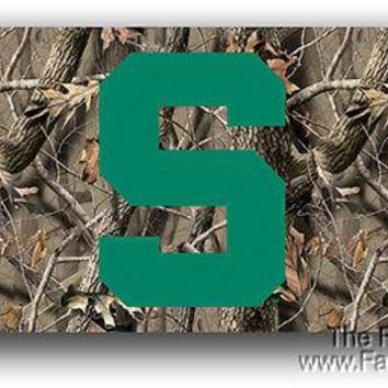 Michigan State Spartans 3x5 CAMO REALTREE Flag Banner Football University