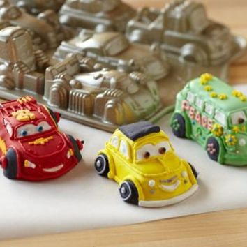 Cars 2 Cakelet Pan | Williams-Sonoma