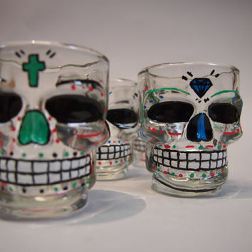 Hand painted shot glasses Skull mexican skull sugar skull Vasos chupitos