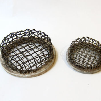 Vintage 1940s metal wire flower frogs