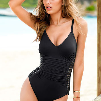 High Quality Summer Comfortable Slim Sexy Metal Rivet Swimwear [6048394369]