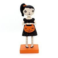Halloween SKULLY GIRL Polyresin Jenene Mortimer 75024