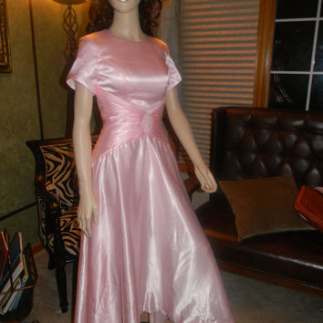 1940S  Ginger Rodgers Pink Liquid Satin Gown. Wedding Dress.Vintage Prom.Twirling & Cocktails
