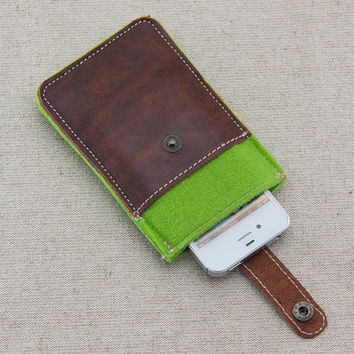 iPhone felt case. iPhone 4s case with metal button closure and pocket. Green felt iPhone sleeve. Leather IPhone case.