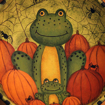 Halloween Folk Art Hand Painted Primitive Wooden Bowl - MADE TO ORDER  - Mom and Baby Frog, Orange Pumpkins, Spiders and Webs, Green
