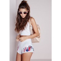 Faisja Premium Floral Embroidered High Waisted Shorts - EXCLUSIVE - Shorts - Missguided