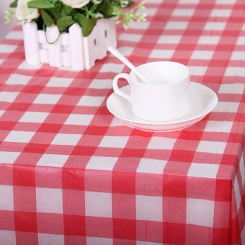 Red Plaid Disposable Plastic Table Covers Tablecloths Outdoor Picnic Party