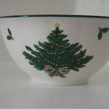 Holiday Serving Bowl Holly & Berry Christmas Story by Mikasa Fine China
