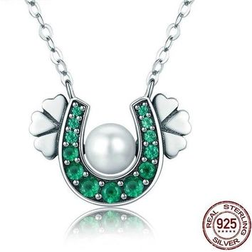925 Sterling Silver Horseshoe Green CZ Clover Flower Pendant Necklace