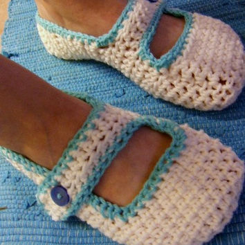 Hand Crocheted Ladies / Womens Slippers / Mary by RiverStation
