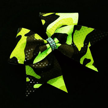 Cheer bow, Camo cheer bow, Green camo cheer bow, sequin cheer bow, cheerleading bow, cheerleader bow, softball bow, rec cheer bow