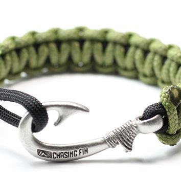 New Slim Cobra Braid Fish Hook Bracelet (Moss & Black)