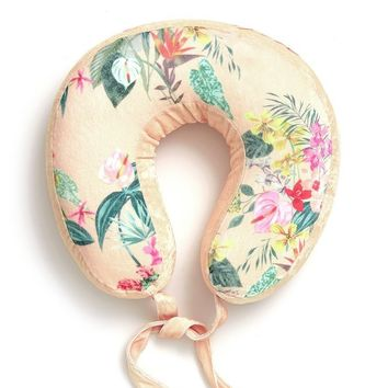 Paradiso Getaway Travel Pillow by Bando