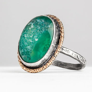 HOLIDAY - Green mixed metal Druzy Quartz gemstone ring with gold border in Sterling Silver - Size 7