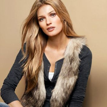 Spring and Autumn Women's Faux Fur Vest Coat Short Sleeveless O-neck Waistcoat Gilet Plus Size Abrigos de Piel Para Mujer E117