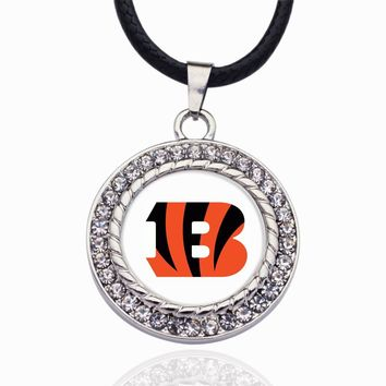 Wimpy kid Cincinnati Bengals Pendant Necklace Best Gift for /Women/Girl/Men/Mom Clear Crystal Link Chain Necklace Jewelry