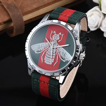 8DESS GUCCI Bee Woman Men Fashion Quartz Movement Wristwatch Watch
