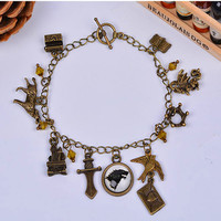 Game of Thrones bracelet crystal bangle bracette charms hand chains antique bronze pulseira arrow crown