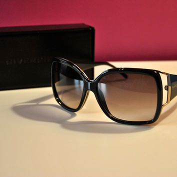 Givenchy Sgv 727 V Oversized Shiny Black Logo Sunglasses