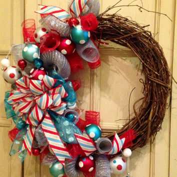 Christmas Grapevine Wreath, Christmas Door Wreath, Christmas Wreath, Christmas Decoration, Winter Wreath, Holiday Wreath