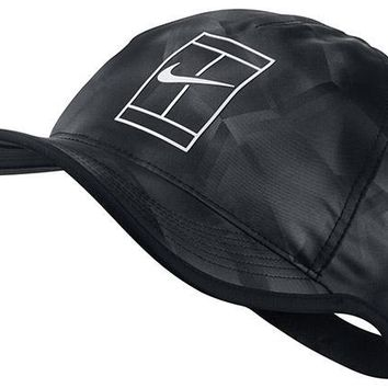 Nike Court AeroBill Featherlight Tennis Cap