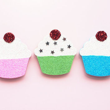 Cupcake Decorations, Magnet Set, Fridge Magnets, Glitter Ornament, Wooden Cupcake, Pastels, Stars, Kitchen Decor, Fun Decoration, Memo Board