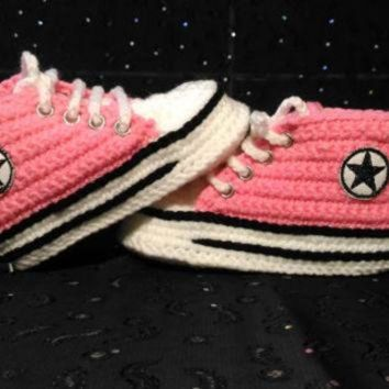 CREYUG7 Girl Baby Pink Slippers, Crochet Baby Converse Sneakers, Baby Shower Gift, Personal sl