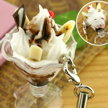 Miniature Parfait Cell Phone Strap (Chocolate Parfait)
