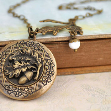 FIND UNDER The OAKTREE antique brass acorn and oak tree leaf locket necklace