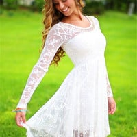 Modest A-line Long Sleeve White Short Homecoming Sresses Lace Party Dresses for Junior