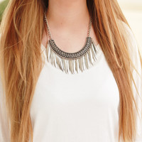 Swift Motion Necklace