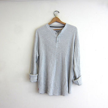 vintage long sleeve gray Levi's long underwear top. button front henley. thermal shirt