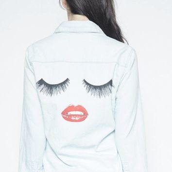 Sloane Long Sleeve Denim Button Up Lashes in Hada