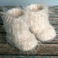 Etsy - baby - crochet booties - fluffy boots - 3M - winter pram shoes - ivory - extra fine merino wool - microfibre