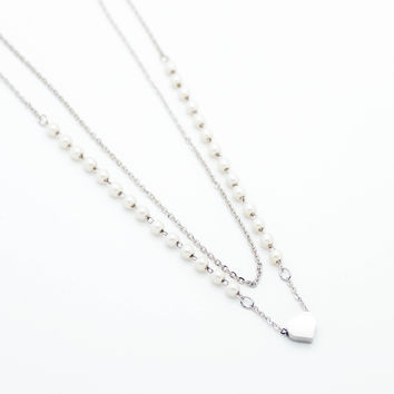 Heart pearl chain necklace
