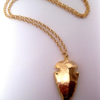 Very Kool Arrowhead Necklace In 24k Gold