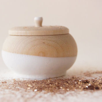 Mini Treasure Pot, White: Wedding Decor, Engagement, Special Jewelry Box, Toothfairy