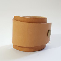 Simple Modern Vegetable Tanned Leather Wedge Cuff Bracelet
