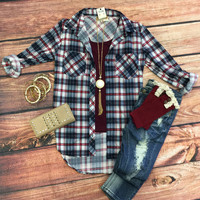What I like about you Plaid Flannel Top: White/Burgundy