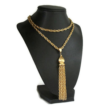 Signed Monet Long Gold Tone Tassel Pendant Necklace Chunky Prince of Wales Chain Textured Gold - Opera Length