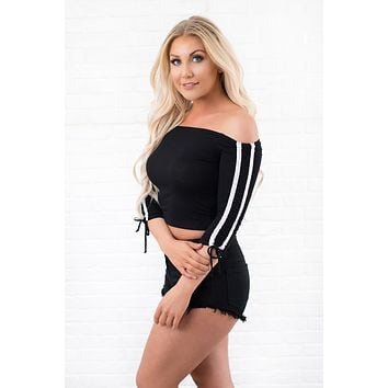 Love Thing Off The Shoulder Crop Top (Black)