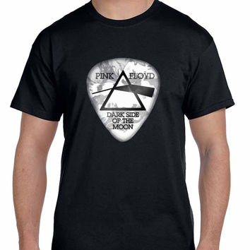 Pink Floyd Dark Side Of The Moon Guitar Picker Mens T Shirt