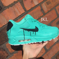 Tiffany melts Nike Air Max, Gift box blue air max 90