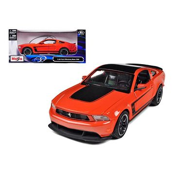 2011 Ford Mustang Boss 302 1:24 Diecast Model Car by Maisto