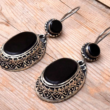 FREE SHIPPING Kuchi Afghan Earring,Black Onyx Stone,Tribal Ethnic Earring,Carved Earring,Stone Jewelry,Gypsy Earring,Bohemian,Boho Earrings