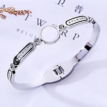 Bvlgari Stylish Women Chic Diamond Titanium Steel Bracelet Couple Bracelet Jewelry Accessories Silvery
