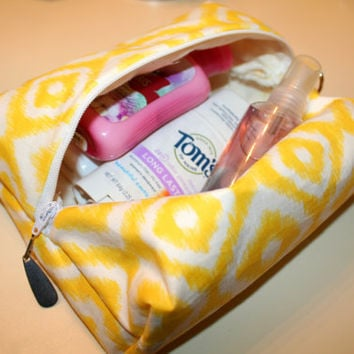Travel Bag - Make-Up Bag - Toiletry Bag - Yellow & White - Women