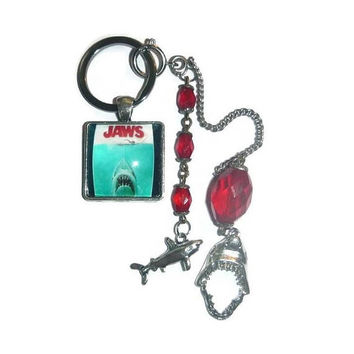 JAWS KeyRing & Shark Charms KeyChain Bag Purse Planner Charm Great White SHARK WEEK Lover Horror Movie Fan Memorabilia Art Deco Glass Beads