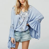 Vintage Ethnic Embroidery Floral Pattern Tie Neck Lacing up Tassel Long Flare Pleated Sleeve Blouse Women Loose Shirt Sunscreen