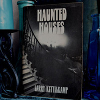 Vintage 60s Haunted Houses Young Adult Book